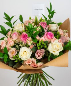 pink spray rose bouquet casa petal flower delivery dubai