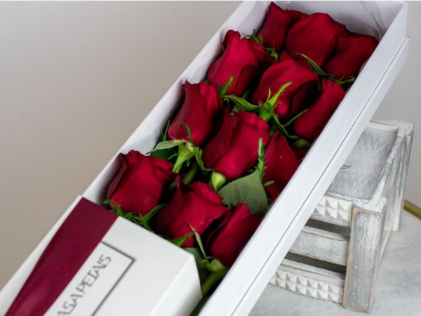 24 red roses in premium flower box by casa petals online flower delivery Dubai
