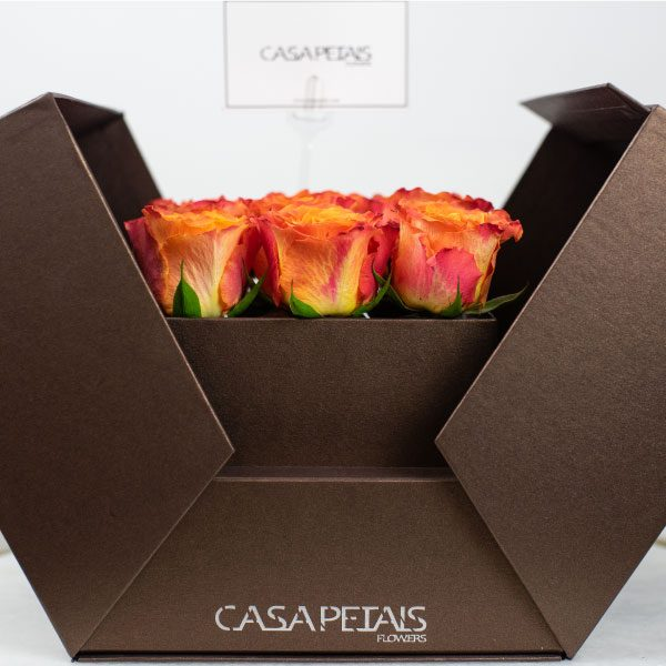 flower-box-in-dubai-proud-of-you-by-casa-petals-online-flower-shop-in-dubai