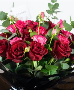 forever-love-bouquet-by-casa-petals-online-flower-shop-in-Dubai-1