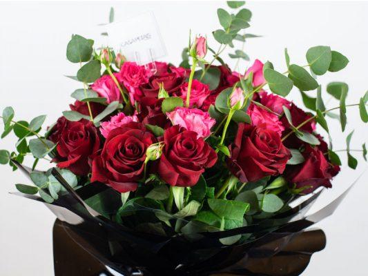forever-love-bouquet-by-casa-petals-online-flower-shop-in-Dubai-1