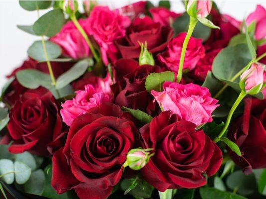 forever-love-bouquet-by-casa-petals-online-flower-shop-in-Dubai-2
