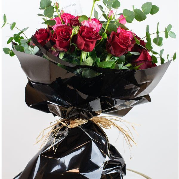 red and pink roses bouquets by casa petals online flower delivery Dubai