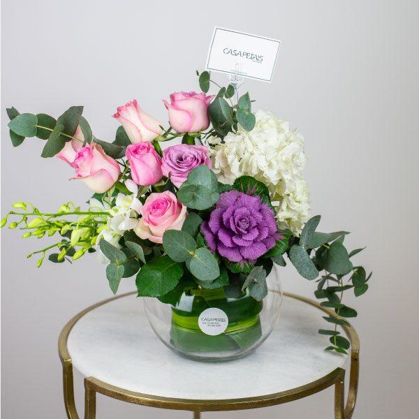 heaven-scent-vase-arrangement-casa-petals-online-flower-shop-dubai