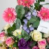 vase-arrangment-pretty-in-pink-casa-petals-online-flower-shop-dubai-2