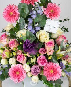 vase-arrangment-pretty-in-pink-casa-petals-online-flower-shop-dubai